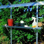 schappen voor tuinkas